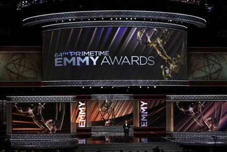 Host Jimmy Kimmel opens the show at the 64th Primetime Emmy Awards in Los Angeles, in this September 23, 2012 file photo. REUTERS/Lucy Nicholson/Files