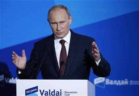 Russian President Vladimir Putin speaks during a meeting with 'Valdai' International Discussion Club members in the town of Valdai September 19, 2013. REUTERS/Alexander Zemlianichenko/Pool
