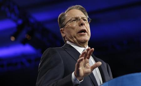 National Rifle Association CEO Wayne LaPierre speaks on the second day of the Conservative Political Action Conference (CPAC) at National Harbor, Maryland March 15, 2013. REUTERS/Kevin Lamarque