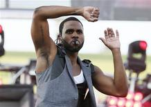 Singer Jason Derulo performs at the 2013 Wango Tango concert at the Home Depot Center in Carson, California May 11, 2013. REUTERS/Danny Moloshok (
