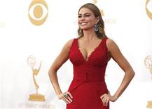 "Actress Sofia Vergara from ABC's series ""Modern Family"" arrives at the 65th Primetime Emmy Awards in Los Angeles September 22, 2013. REUTERS/Mario Anzuoni"