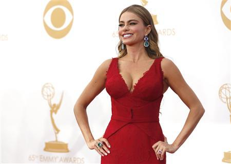 Actress Sofia Vergara from ABC's series ''Modern Family'' arrives at the 65th Primetime Emmy Awards in Los Angeles September 22, 2013. REUTERS/Mario Anzuoni