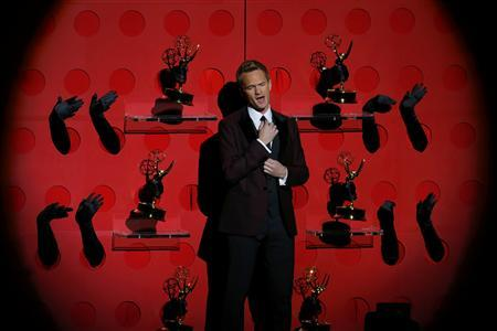 Host Neil Patrick Harris performs a musical number at the 65th Primetime Emmy Awards in Los Angeles September 22, 2013. REUTERS/Mike Blake