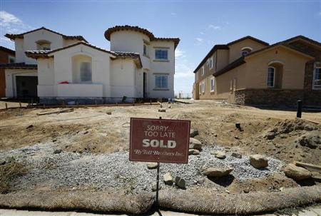 Toll Brothers luxury homes are shown sold before their completion in Oceanside, California, August 20, 2013. REUTERS/Mike Blake