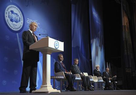 Russia's President Vladimir Putin delivers a speech during the III International Arctic forum in Salekhard, September 25, 2013. REUTERS/Alexey Druzhinin/RIA Novosti/Kremlin