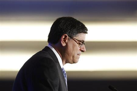 U.S. Treasury Secretary Jack Lew pauses while delivering remarks to the Economic Club of Washington D.C., in Washington, September 17, 2013. REUTERS/Jonathan Ernst