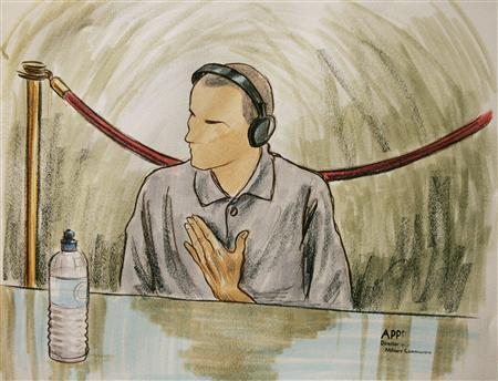In this courtroom illustration, Ali Hamza Ahmad Sulayman al Bahlul appears before a military commission at Guantanamo Naval Base August 26, 2004 in Guantanamo, Cuba. Bahlul is charged with conspiracy to commit war crimes. REUTERS/Art Lien/POOL mw/jf - RTR9BDN