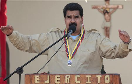 Venezuela's President Nicolas Maduro speaks during an event in Coro in the state of Falcon, in this September 30, 2013 handout photograph provided by Miraflores Palace. REUTERS/Miraflores Palace/Handout via Reuters