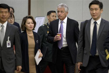 U.S. Secretary of Defense Chuck Hagel (2nd R) arrives at the 45th Security Consultative Meeting at Defence Ministry in Seoul, October 2, 2013. REUTERS/Jacquelyn Martin/Pool