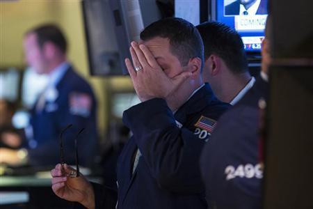 Traders work on the floor of the New York Stock Exchange, September 30, 2013. REUTERS/Brendan McDermid