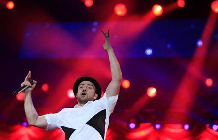U.S. singer-sonwriter Justin Timberlake performs at the Rock in Rio Music Festival in Rio de Janeiro September 15, 2013. REUTERS/Ricardo Moraes/Files