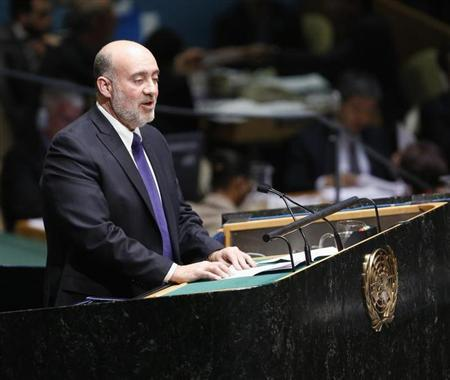 Israeli Ambassador to the United Nations Ron Prosor addresses the United Nations General Assembly during a meeting at U.N. Headquarters, in New York, November 29, 2012. REUTERS/Chip East
