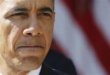 El presidente de Estados Unidos, Barack Obama, en un evento en la Casa Blanca en Washington, oct 1 2013. El Gobierno de Estados Unidos dijo el jueves que sería imposible dar prioridad a pagos de deuda por sobre otras obligaciones si el Congreso no logra aumentar el límite de endeudamiento de 16,7 billones de dólares y el Tesoro se queda sin efectivo. REUTERS/Larry Downing