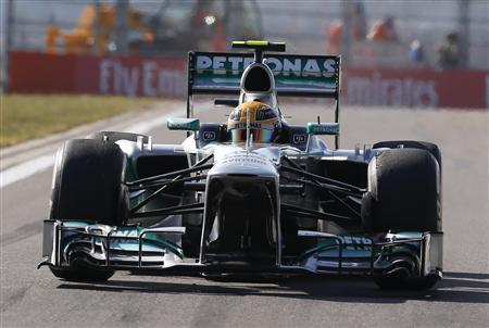 Mercedes Formula One driver Lewis Hamilton of Britain drives during the second practice session of the Korean F1 Grand Prix at the Korea International Circuit in Yeongam October 4, 2013. REUTERS/Kim Hong-Ji