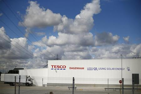 Tesco's new distribution facility is seen in Dagenham, east London August 12, 2013. REUTERS/Andrew Winning
