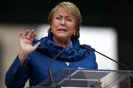 Former Chilean President and current presidential candidate Michelle Bachelet delivers a speech during a ceremony to commemorate the 40th anniversary of the military coup, at the Museum of Memory and Human Rights in Santiago, September 9, 2013. REUTERS/Ivan Alvarado