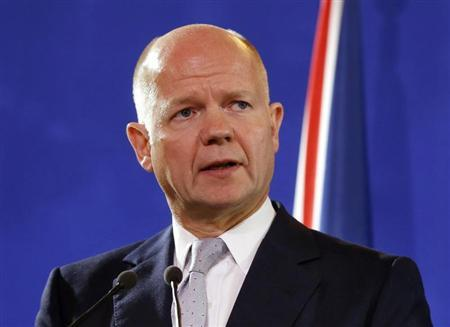 British Foreign Secretary William Hague speaks at a news conference after a foreign ministers meeting regarding Syria, at the Quai d'Orsay in Paris September 16, 2013. REUTERS/Larry Downing