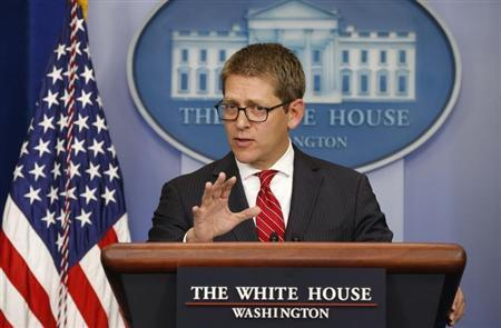 White House Press Secretary Jay Carney speaks to reporters about Obamacare from the briefing room of the White House in Washington September 25, 2013. REUTERS/Kevin Lamarque
