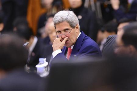 U.S. Secretary of State John Kerry attends the 8th East Asia Summit in Bandar Seri Begawan, October 10, 2013. REUTERS/Ahim Rani