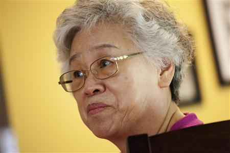 Myunghee Bae, the mother of Kenneth Bae, is pictured during an interview with Reuters in Lynnwood, Washington in this file photo taken August 7, 2013. REUTERS/David Ryder/Files