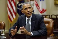 O presidente dos EUA, Barack Obama, participa de reunião com pequenos empresários na Casa Branca. Obama e os republicanos se empenhavam nesta sexta-feira em superar o impasse fiscal. REUTERS/Kevin Lamarque