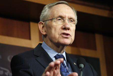 U.S. Senate Majority Leader Harry Reid (D-NV) addresses reporters at a news conference at the U.S. Capitol in Washington, October 12, 2013. REUTERS/Jonathan Ernst