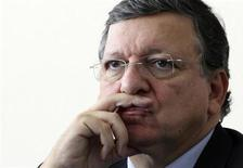 European Commission President Jose Manuel Barroso attends a news conference in Lampedusa October 9, 2013. REUTERS/Calogero Lampo