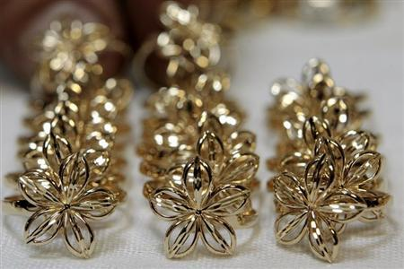 Jewelry made from gold is laid out at Zorka, a jewelry factory, in Minsk April 26, 2012. REUTERS/Vasily Fedosenko