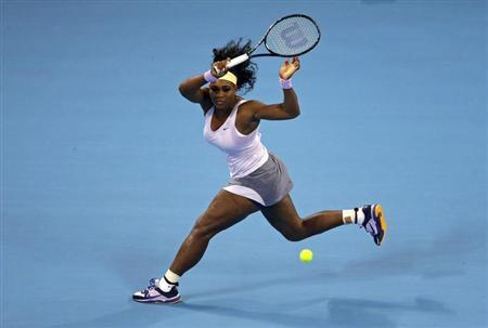 Serena Williams of the U.S. runs to return a shot during her women's singles final match against Jelena Jankovic of Serbia at the China Open tennis tournament in Beijing October 6, 2013. REUTERS/Jason Lee