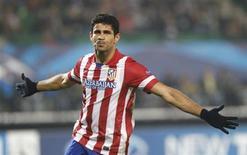 O atacante Diego Costa comemora gol do Atlético de Madri contra o Austria Vienna nesta terça-feira. REUTERS/Heinz-Peter Bader