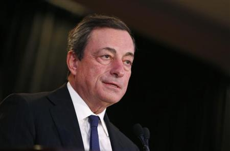 Mario Draghi, President of the European Central Bank, addresses the Economic Club of New York luncheon in New York City, October 10, 2013. REUTERS/Mike Segar