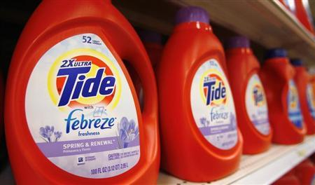 Tide detergent, a Procter & Gamble product, is displayed on a shelf in a store in Alexandria, in this May 28, 2009 file photo. REUTERS/Molly Riley