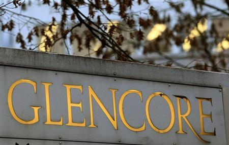 The logo of commodities trader Glencore is pictured in front of the company's headquarters in the Swiss town of Baar November 20, 2012. REUTERS/Arnd Wiegmann