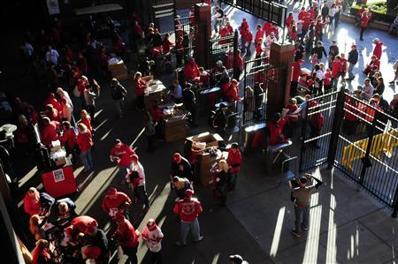 Oct 27, 2013; St. Louis, MO, USA; Fans enter Busch Stadium prior to game four of the MLB baseball World Series between the Boston Red Sox and the St. Louis Cardinals. Mandatory Credit: Jeff Curry-USA TODAY Sports