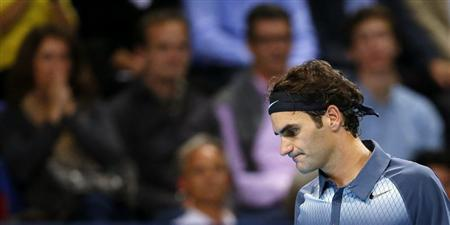 Switzerland's Roger Federer reacts during his final match against Juan Martin Del Potro of Argentina at the Swiss Indoors ATP tennis tournament in Basel October 27, 2013. REUTERS/Arnd Wiegmann