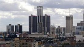 General Motors World Headquarters (C) is seen looking south from the midtown area in Detroit, Michigan October 23, 2013. REUTERS/Rebecca Cook