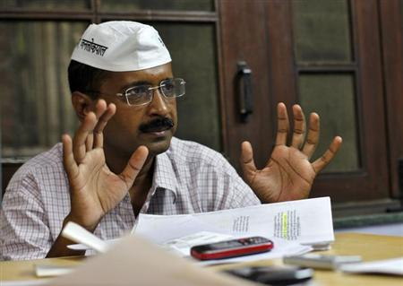 Arvind Kejriwal, a social activist and anti-corruption campaigner, gestures as he speaks during an interview with Reuters in Ghaziabad on the outskirts of New Delhi October 22, 2012. REUTERS/Mansi Thapliyal/Files