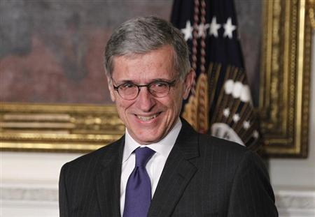 U.S. President Barack Obama (unseen) announces venture capitalist Tom Wheeler to head the Federal Communication Commission (FCC) at the State Dining Room of the White House in Washington, May 1, 2013. REUTERS/Jason Reed