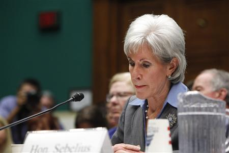 U.S. Health and Human Services (HHS) Secretary Kathleen Sebelius pauses during her testimony before a House Energy and Commerce Committee hearing about issues and complications with the Affordable Care Act enrolment website, on Capitol Hill in Washington, October 30, 2013. REUTERS-Jonathan Ernst
