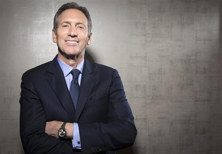 Howard Schultz, chief executive of Starbucks, poses for a portrait at his new Teavana store in New York, October 23, 2013. REUTERS/Carlo Allegri