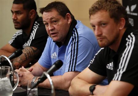 New Zealand All Blacks' (L-R) Frank Halai, head coach Steve Hansen, and Dominic Bird attend a news conference ahead of their international friendly rugby match against Japan in Tokyo October 31, 2013. REUTERS/Yuya Shino