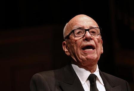Rupert Murdoch, News Corp. and 21st Century Fox CEO, speaks during the annual Lowy Lecture at the Sydney Town Hall October 31, 2013. REUTERS/David Gray