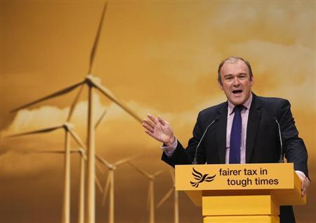Britain's Secretary of State for Energy and Climate Change Ed Davey speaks speaks during the Liberal Democrats annual conference in Brighton, southern England September 23, 2012. REUTERS/Luke MacGregor
