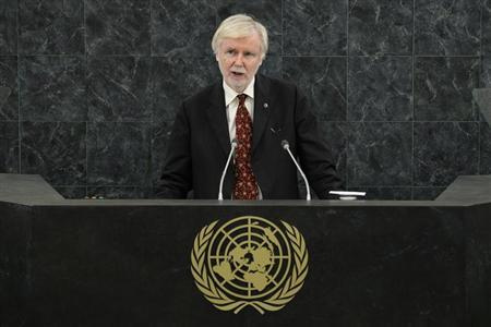 Finland's Foreign Minister Erkki Tuomioja addresses the 68th United Nations General Assembly at U.N. headquarters in New York, September 27, 2013. REUTERS/Eduardo Munoz