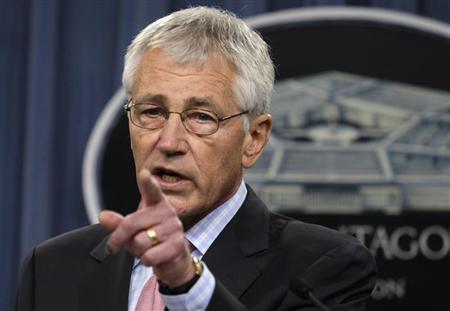 U.S. Secretary of Defense Chuck Hagel speaks at a news conference at the Pentagon in Washington October 17, 2013. REUTERS/Yuri Gripas