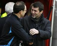 Sunderland's coach Roy Keane (R) greets Aston Villa's coach Martin O'Neil ahead of their English Premier League soccer match at The Stadium of Light in Sunderland, northern England, December 15, 2007. REUTERS/Nigel Roddis (BRITAIN).