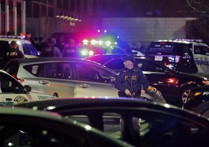 Gunman clad in 'full body armor' opens fire in New Jersey mall