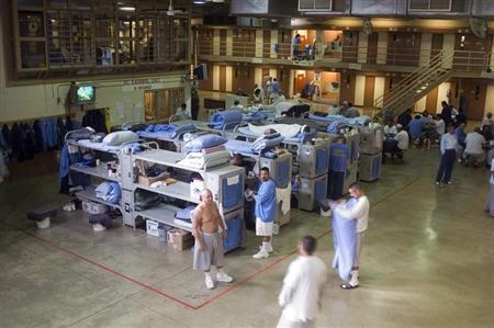 Prisoners congregate at the Mule Creek State Prison in Ione, California on February 13, 2007. REUTERS/Adam Tanner