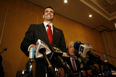 Henrique Capriles, Venezuela's opposition leader and governor of Miranda state, attends a news conference at a hotel in Santiago July 19, 2013. REUTERS/Ivan Alvarado