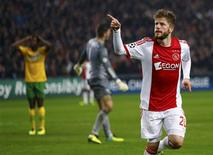 Ajax Amsterdam's Lasse Schone celebrates his goal against Celtic during their Champions League soccer match at Amsterdam Arena November 6, 2013. REUTERS/Michael Kooren